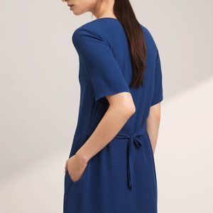 Wilfred free shift dress with pockets!